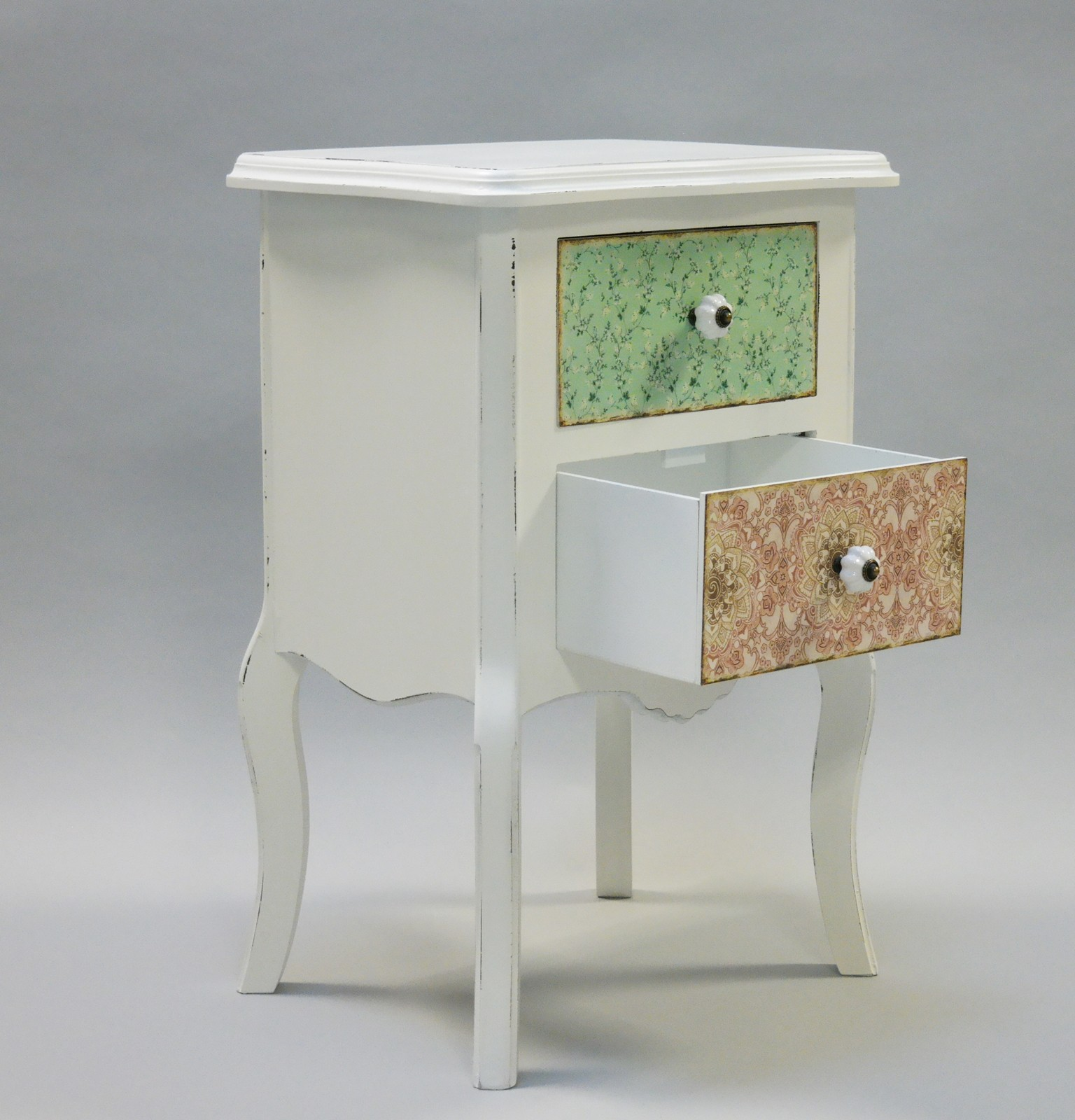 nachtschrank bunt wei paisley. Black Bedroom Furniture Sets. Home Design Ideas